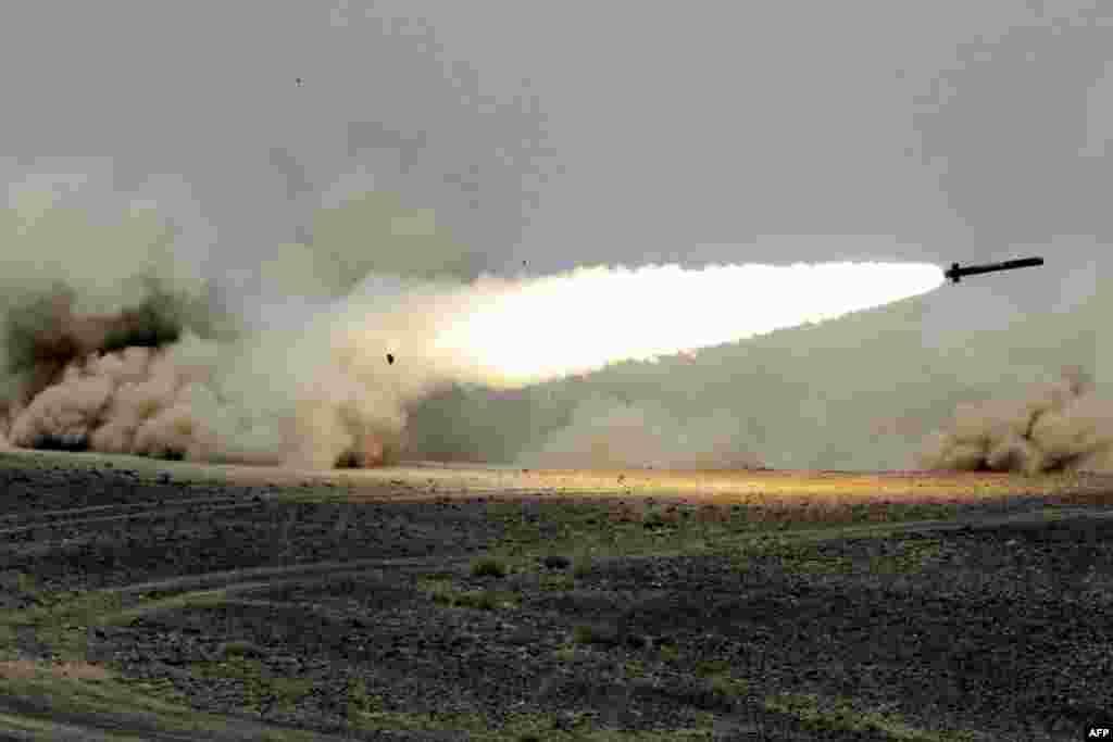 شلیک موشک در مانور مشترک اردن و آمریکا در نزدیکی مرز عربستان.