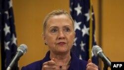 Sekretarja Clinton takohet me opozitën siriane