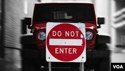 Uno de los principales problemas que afrontamos hoy en día es la seguridad y la eficiencia de los coches, según Google.