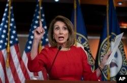 نانسی پلوسی، نخستین زنی که ریاست مجلس نمایندگان آمریکا را در دست گرفت