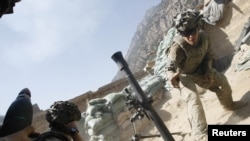 El ex sargento, de 31 años de edad, se retiró del ejército en 2011 luego de 12 años de servicios.