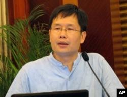 中国人民大学教授周业安