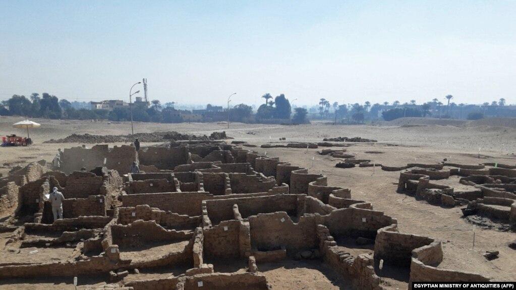 مصر میں تین ہزار برس قدیم 'سنہرا شہر' دریافت