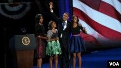 میشل اوباما د ٢٠١٢ کال په انتخاباتو کې د خپل میړه د برالیتوب په شپه زاړه کالي اغوستي وو.
