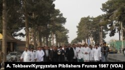 راه پیمایی داکتران شفاخانه حوزوی هرات