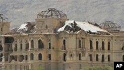 کابل: ځانمرگي بريد کې د ناټو پنځو عسکرو په گډون 18 کسان وژل شوي