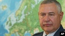 Бывший замкомандующего вооруженными силами США в Европе отставной генерал Чарльз Уолд