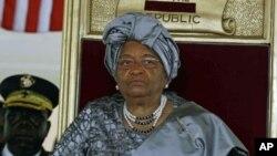 Shugabar kasar Liberia, Ellen Johnson Sirleaf a wajen bikin rantsar da ita a birnin Monrovia, wa'din mulki na biyu.
