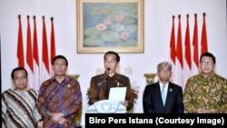 Presiden Jokowi di Istana Bogor, Kamis (7/12), mengecam kebijakan Presiden AS Donald Trump yang mengakui Yerusalem sebagai ibukota Israel.