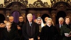 رهبران جهان برای آخرین بار به واتسلاو هاول ادای احترام می کنند