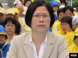台湾法轮功律师团发言人朱婉琪 (美国之音张永泰拍摄)