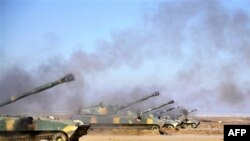 Aktivistët e opozitës siriane thonë se trupat qeveritare kanë hyrë në disa rrethina të Damaskut