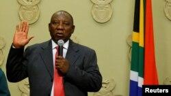 南非議會星期四(2月15日)正式推舉西里爾拉馬福薩擔任南非新總統。
