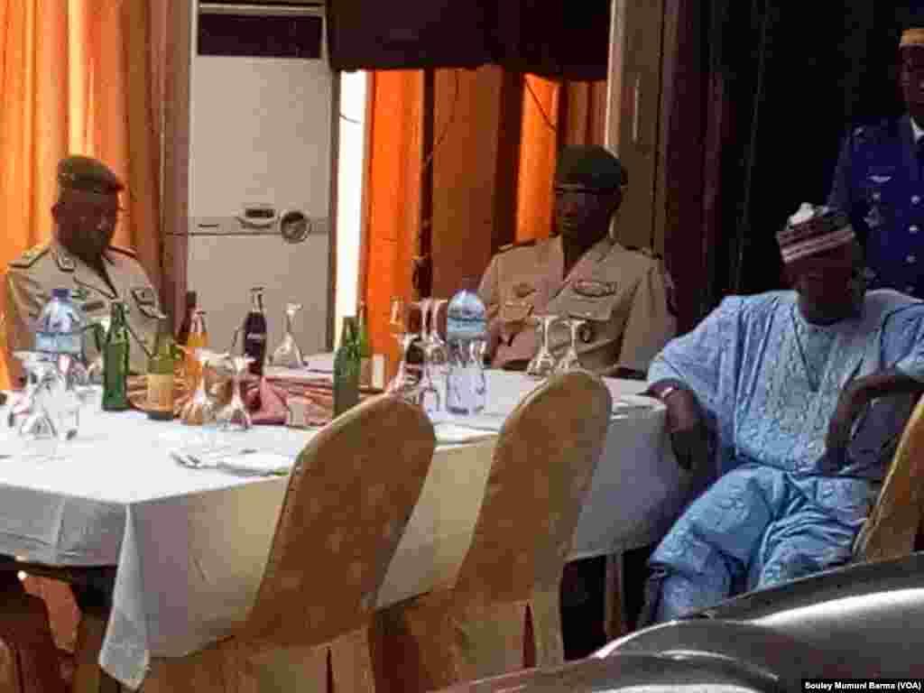 Ziyarar Ministan Tsaron Najeriya Mansur Dan Ali A Jamhuriyar Nijer