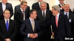23일 벨기에 브뤼셀에서 열린 나토 외무장관회담에 참석한 회원국 외무장관들.