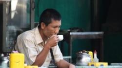 Limbah kopi bermanfaat untuk menghilangkan bau serta membantu tekstil kering lebih cepat (foto: ilustrasi di sebuah kedai kopi).