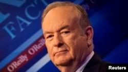 "Bill O'Reilly de Fox News sur le plateau de son émission ""The O'Reilly Factor"" à New York, le 17 mars 2015."