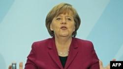 Angela Merkelin Xristian Demokrat partiyası Baden-Vuerttemberq ştatında məğlubiyyətə uğrayıb(Yenilənib)
