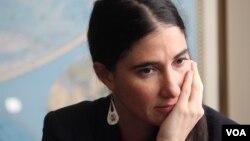 La bloguera cubana Yoani Sánchez, quien visitó recientemente la Voz de América, ya se encuentra en Miami.