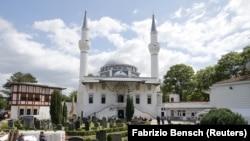 Berlin'deki Şehitlik Camisi