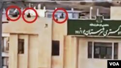 تصاویر زیادی از تیراندازی مستقیم ماموران در شهرهای مختلف ایران به سوی معترضان به صدای آمریکا ارسال شده است.