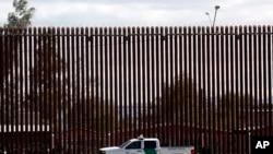 Une patrouille frontière à Calexico, Californie, à la frontière entre les Etats-Unis et le Mexique, le 5 avril 2019.