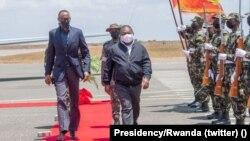 Flipe Nyusi, Presidente de Moçambique, e Paul Kagame, Presidente do Ruanda, em Pemba, 24 de Setembro de 2021