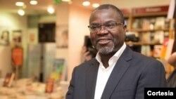 Raúl Tati, activista, professor universitário e deputado independente apoiado pela UNITA em Cabinda
