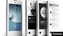 Los teléfonos cuentan con dos pantallas, una frontal similar a la de cualquier otro teléfono inteligente, y una posterior que funciona con tinta electrónica.