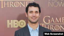 رامین جوادی، بعد از هفت سال کار روی سریال بازی تاج و تخت HBO Photo
