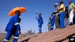 Des Miners à Marikana, Afrique du Sud, 15 août, 2013.