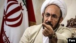 علی یونسی وزیر پیشین اطلاعات و دستیار ویژه حسن روحانی رئیس جمهوری کنونی ایران در امور اقوام و اقلیت ها