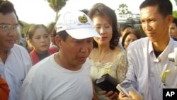 Mam Sonando, who spoke to VOA Khmer from Switzerland, denied the allegations, but he said he would return to Cambodia next month to face the charges against him.