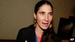 La bloguera cubana, Yoani Sánchez habló de las dificultades en Cuba para poder ejercer el periodismo y sobre las detenciones arbitrarias de periodistas durante una sesión de la asamblea de la SIP.