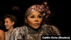 Lil' Kim na New York Fashion Week 2018 (Semana da Moda de Nova Iorque)