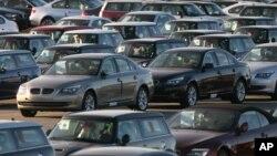 지난 2008년 미국 뉴저지주 저지 시티의 '노스 이스트 오토 터미널'에 수입차들이 주차돼 있다.
