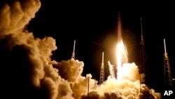 Rocket Falcon 9 được phóng vào không gian từ Florida, 17/7/2016.