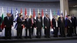 Qeveritë evropiane lehtësojnë kontrollin financiar
