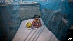 El dengue ataca principalmente a los niños y se expande sobre todo en países de bajos recursos, y regiones tropicales.