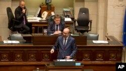 Belçika Başbakanı Charles Michel ülkesinin önümüzdeki dönemde atacağı adımları Belçika Federal Meclisi'nde düzenlenen oturumda açıkladı.