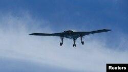지난 14일 대서양에서 비행중인 미군 소속 무인기. (자료사진)