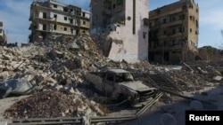阿勒颇遭空袭后的残垣断壁。
