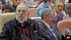 退位古巴领导人菲德尔·卡斯特罗公开出席哈瓦那国民大会开幕式