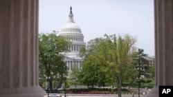 從最高法院方向看到的美國國會大廈(資料圖片)