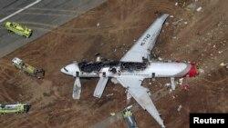 Un Boeing 777 d'Asiana Airlines qui s'est écrasé à l'atterrissage à l'aéroport de San Francisco le 6 juillet 2013.