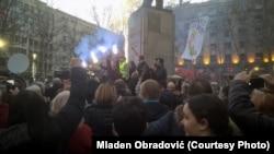 "Protest za bojkot na Trgu Nikole Pašića u Beogradu, 1. februara 2020. Protest ""1 od 5 miliona"" na Trgu Nikole Pašića u Beogradu, 1. februara 2020. godine (Foto: Mladen Obradović)"