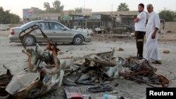 17일 이라크 바그다드에서 일어난 폭탄 공격 현장. 이 날 이라크에서는 연쇄 폭탄 공격으로 300여명의 사상자가 발생했다.