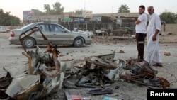 Vụ tấn công xảy ra một ngày sau khi một loạt những vụ đánh bom ở thủ đô của Iraq và hai địa điểm ở miền bắc giết chết hơn 60 người và làm bị thương khoảng 200 người.