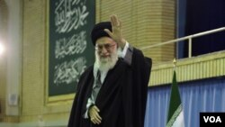 Pemimpin tertinggi Iran, Ayatollah Ali Khamenei memberikan pidato lewat televisi memperingati HUT Revolusi Islam Iran ke-33 (3/2).