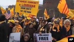 Hàng trăm người Việt ở hải ngoại tập trung về thủ đô Washington để kêu gọi chính phủ Hoa Kỳ thúc đẩy Việt Nam cải thiện nhân quyền